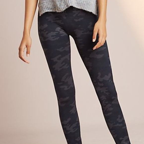 ea9fb8844ccf5 SPANX Pants | Seamless Camo Leggings Black Camo Motif Sm | Poshmark